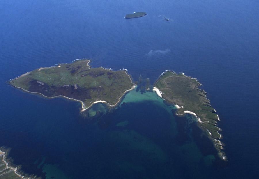 Bense Island, Little Bense Island, Cliff Island, Bradley Islet
